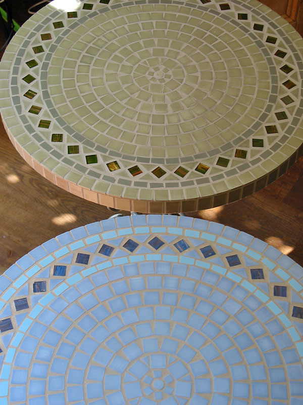 Stunning Mosaic Table 600 x 800 · 116 kB · jpeg
